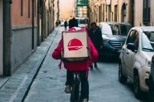 side hustle for introverts- food delivery